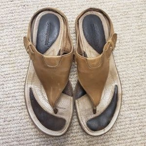 Patagonia Tan Leather Sandals Wide Strap Flip-Flop